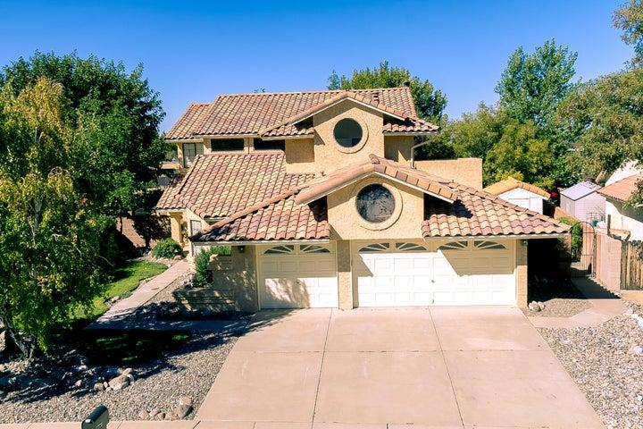 9412 Allande Road NE, Albuquerque, NM 87109
