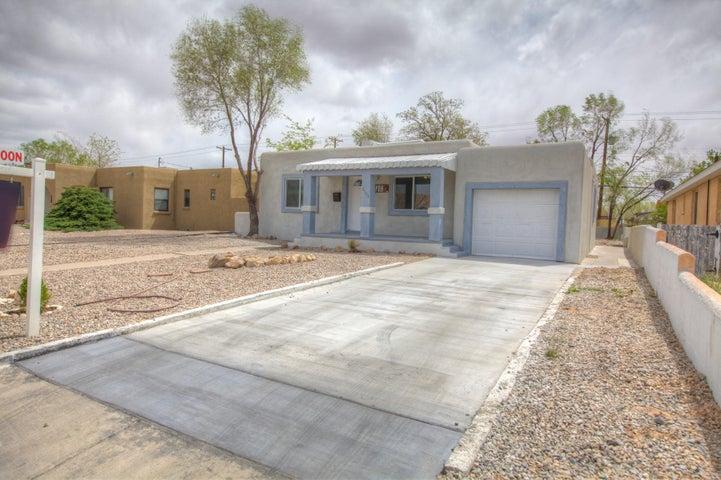 4708 Crest Avenue SE, Albuquerque, NM 87108