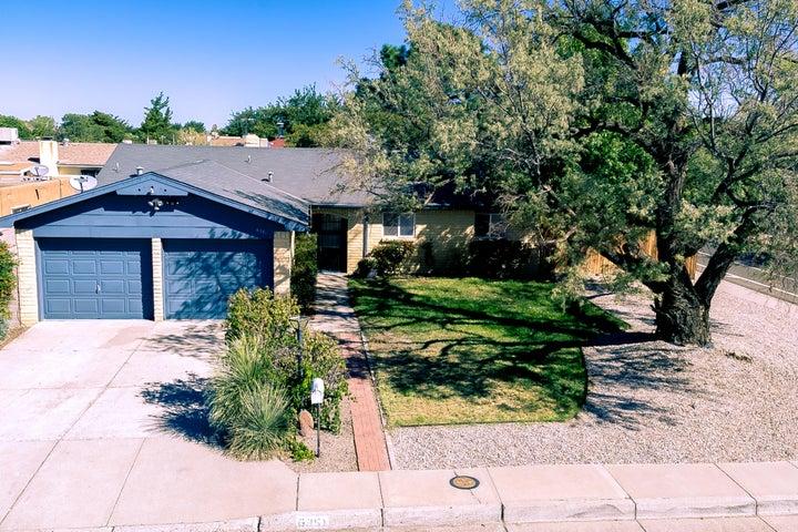 6351 Christy Avenue NE, Albuquerque, NM 87109