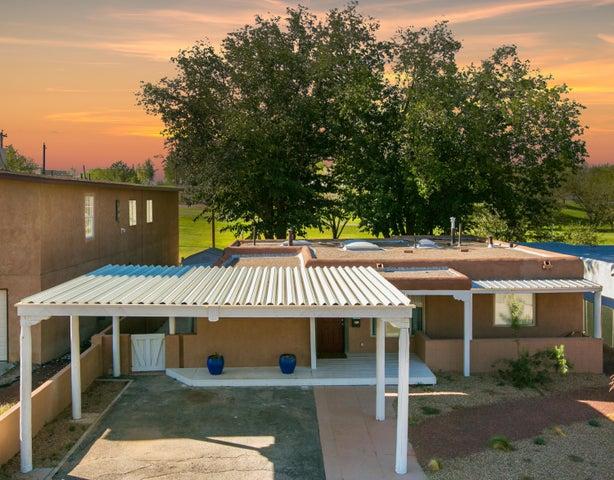 2916 San Joaquin Avenue SE, Albuquerque, NM 87106