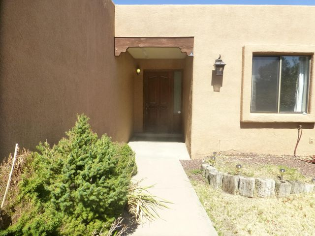 6517 Katson Avenue NE, Albuquerque, NM 87109