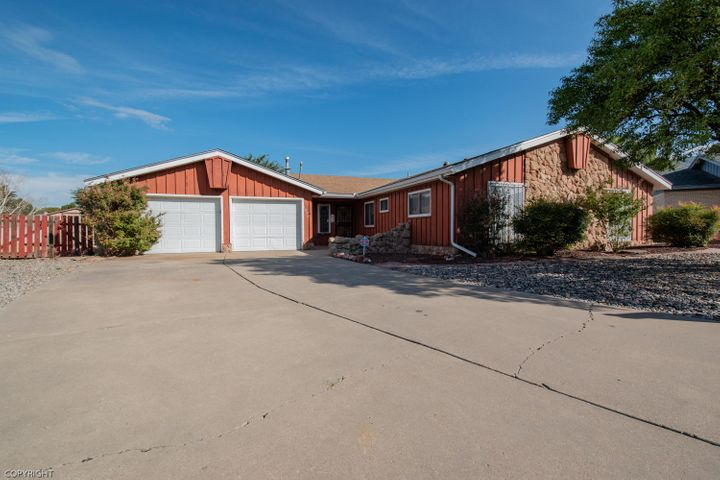 1308 Evelyn Court NE, Albuquerque, NM 87112