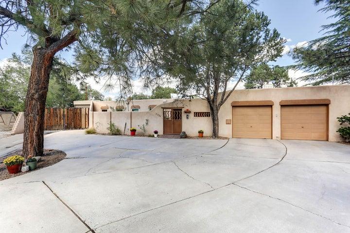 7321 Aztec Road NE, Albuquerque, NM 87110