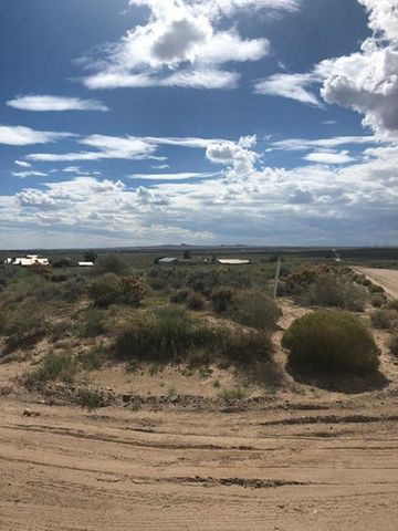 1660 14Th Road SE, Rio Rancho, NM 87124