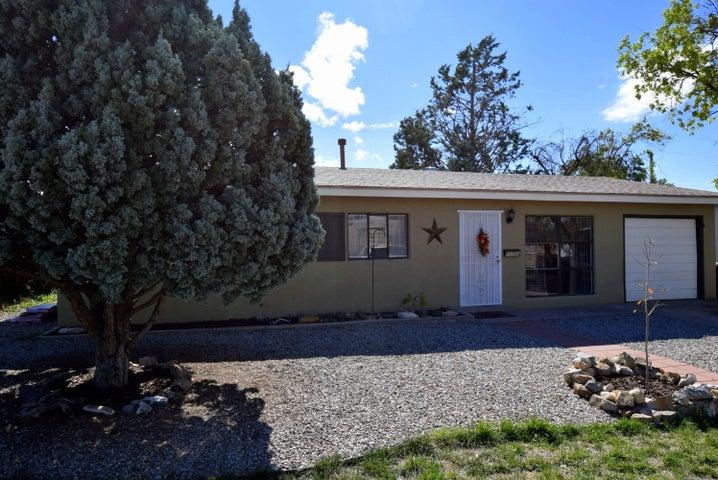 11704 Rosemont Avenue NE, Albuquerque, NM 87112