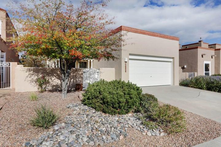 5711 Vulcan Vista Drive NE, Albuquerque, NM 87111