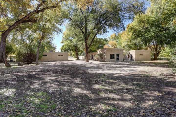 176 Angus Road, Corrales, NM 87048