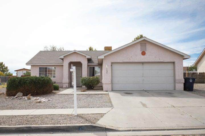 1327 82nd Street SW, Albuquerque, NM 87121