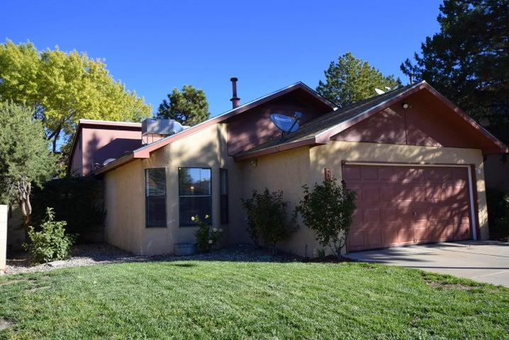 10909 Haines Avenue NE, Albuquerque, NM 87112