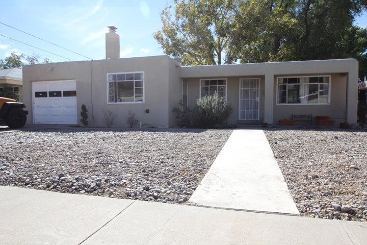 2133 Martha Street NE, Albuquerque, NM 87112