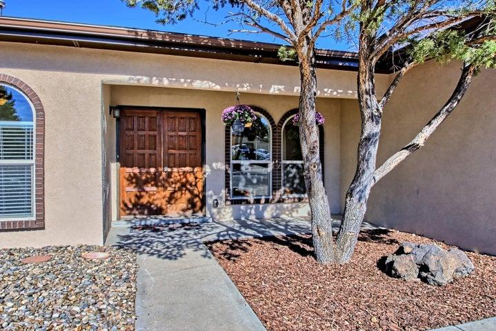 14229 La Cueva Avenue NE, Albuquerque, NM 87123