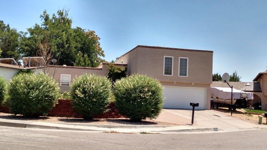 6424 Colleen Avenue NE, Albuquerque, NM 87109