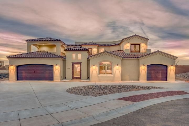 8015 Alto Rey Court, Albuquerque, NM 87120