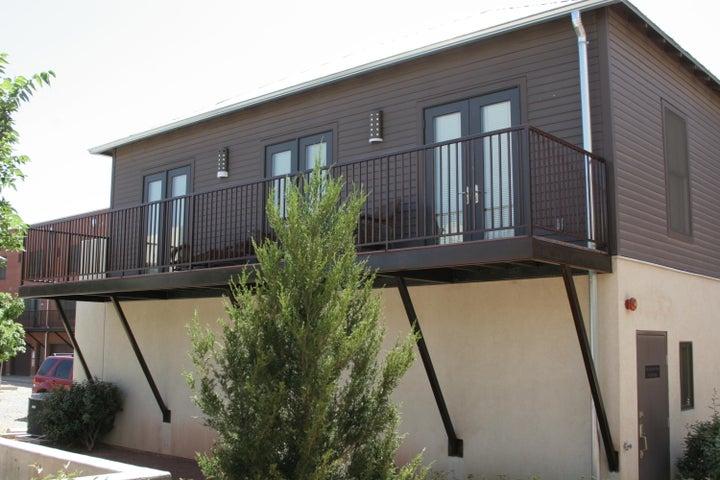 301 Bel Vedere Lane, Albuquerque, NM 87102