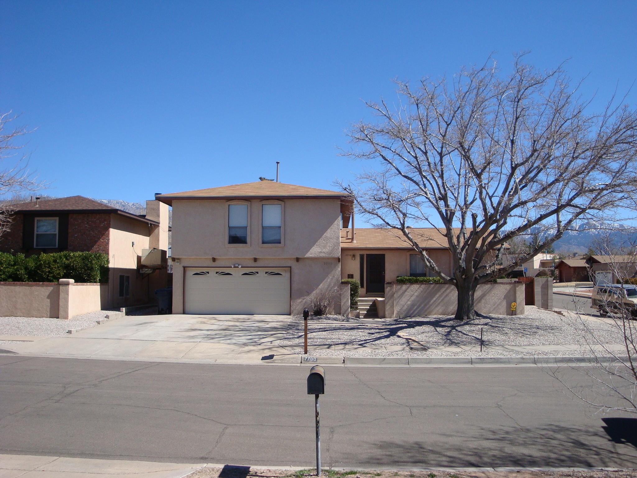 7700 Midge Street NE, Albuquerque, NM 87109