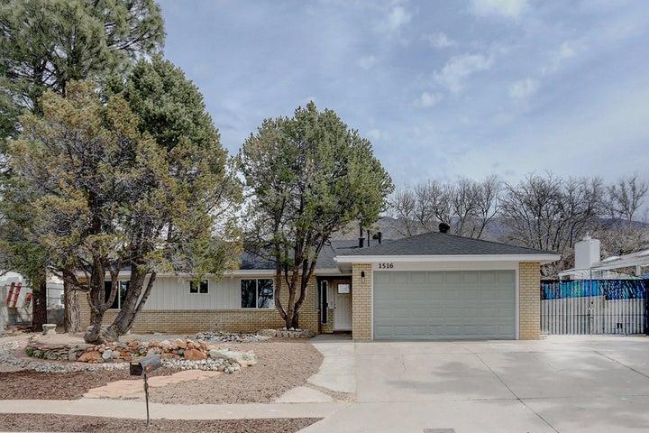 1516 Cedar Ridge Drive NE, Albuquerque, NM 87112