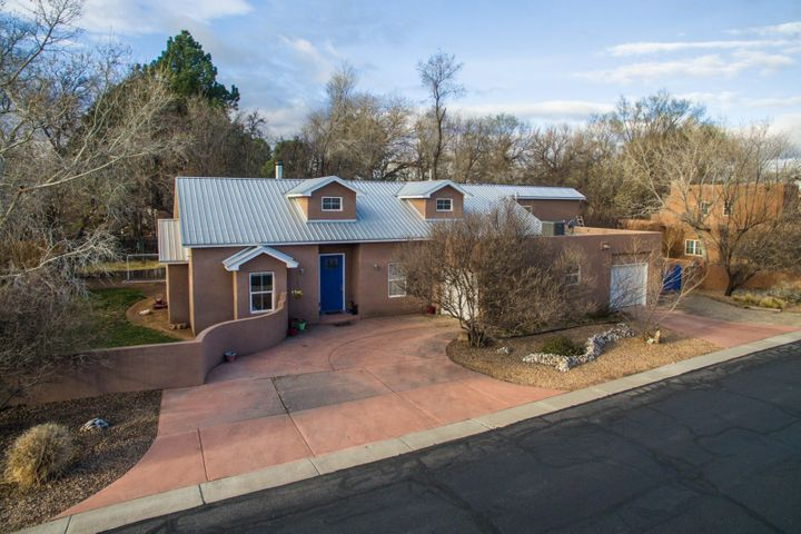 1630 Rancho Guadalupe Trail NW, Albuquerque, NM 87107