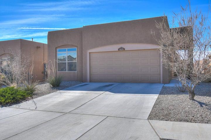 5620 Bald Eagle Road NW, Albuquerque, NM 87114