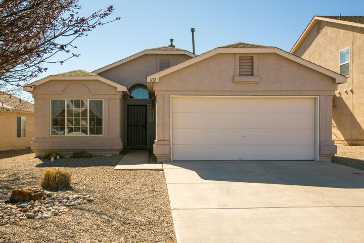 632 Autumn Meadows Drive NE, Rio Rancho, NM 87144