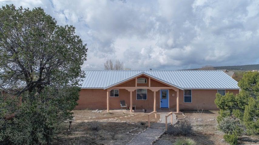8 Joe Mae Road, Edgewood, NM 87015