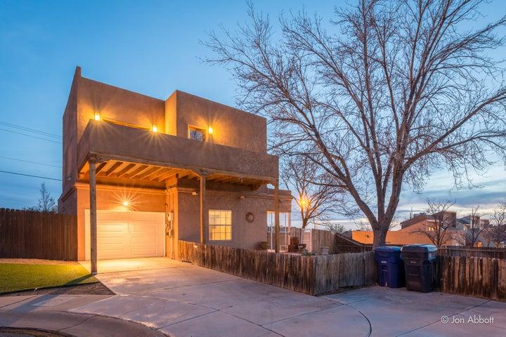 13914 Troy Court NE, Albuquerque, NM 87123