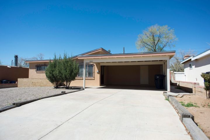 10121 Blume Street, Albuquerque, NM 87112