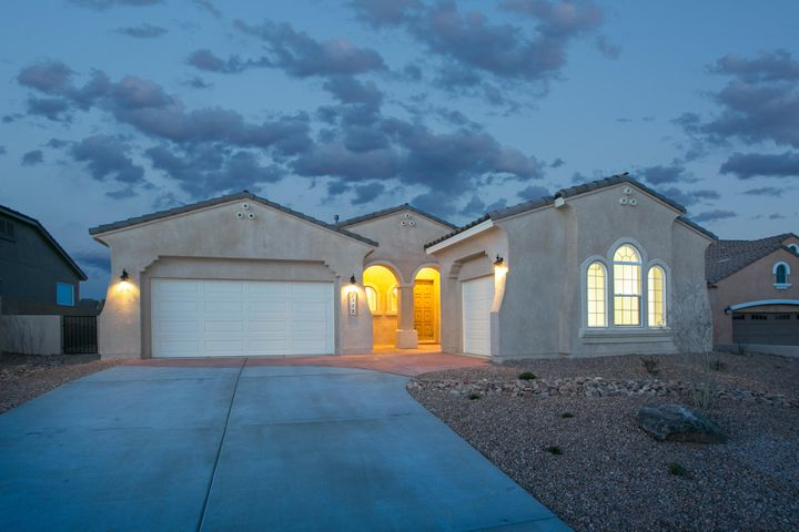 2329 Desert View Road NE, Rio Rancho, NM 87144