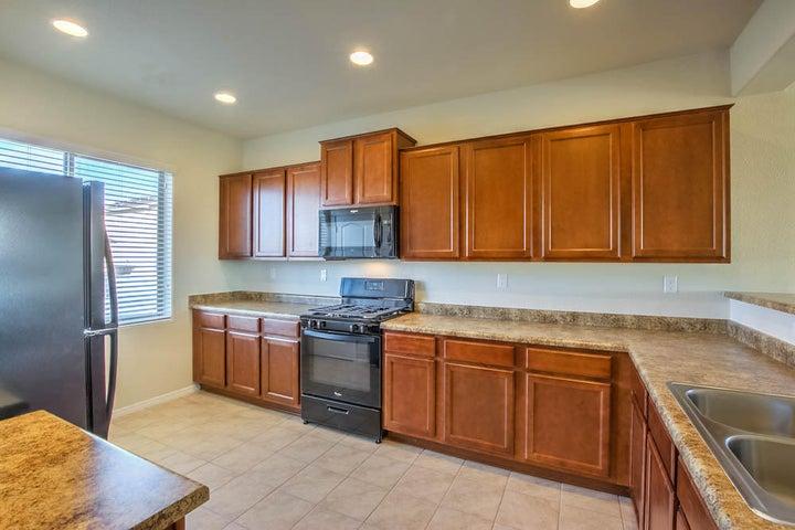 10020 Artemsia Avenue SW, Albuquerque, NM 87121