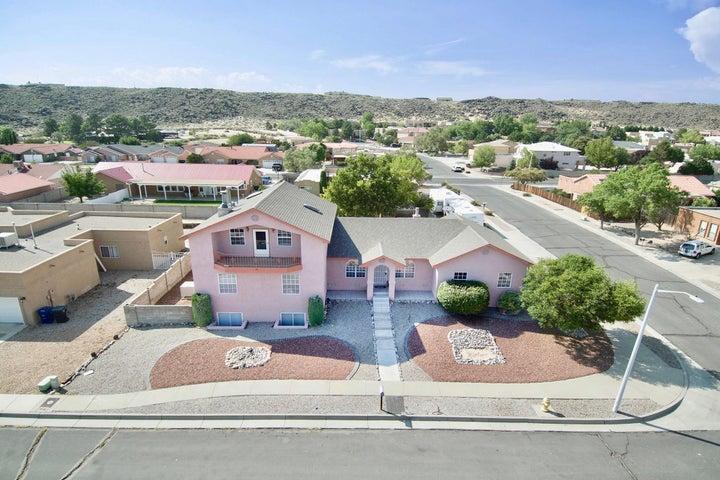 6829 Tamarisk Place NW, Albuquerque, NM 87120