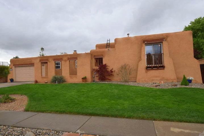 9316 Farragut Drive NE, Albuquerque, NM 87111