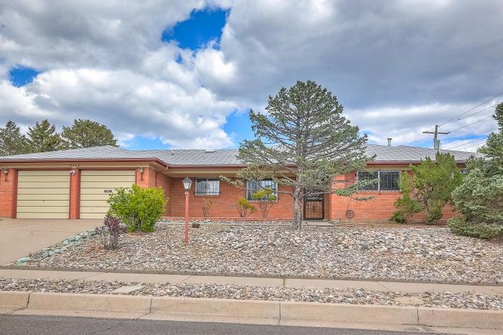 11612 Brussels Avenue NE, Albuquerque, NM 87111