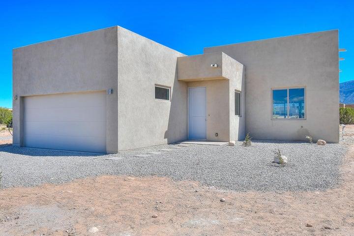 62 Palomino Road, Placitas, NM 87043