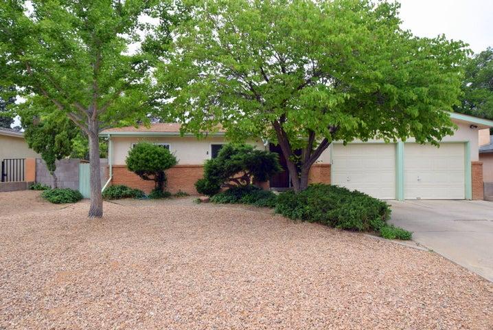 1505 Mesilla Street NE, Albuquerque, NM 87110