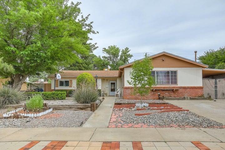 8905 Aspen Avenue NE, Albuquerque, NM 87112