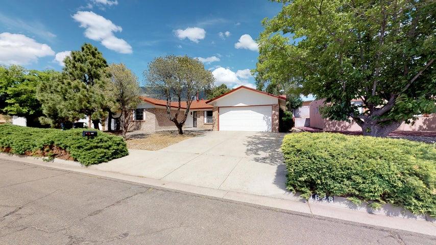 1628 Cullen Lane NE, Albuquerque, NM 87112