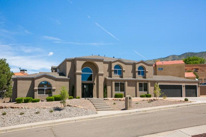 13215 Velma Court NE, Albuquerque, NM 87112