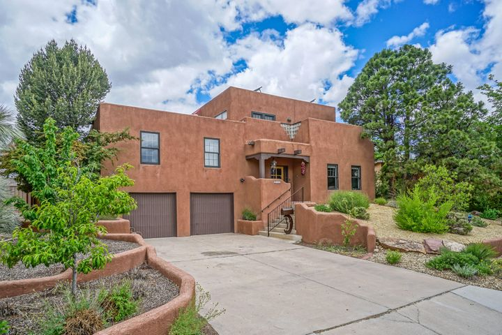 4118 SUNNINGDALE Avenue, Albuquerque, NM 87110