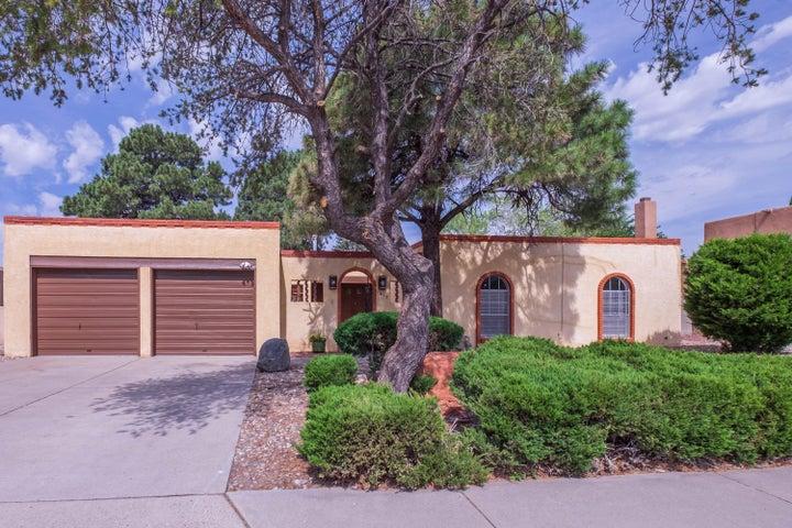 1613 Eastridge Drive NE, Albuquerque, NM 87112