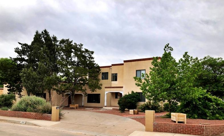 3600 Calle Del Ranchero NE, Albuquerque, NM 87110