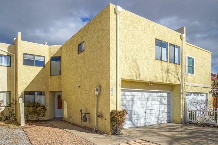 5408 Overlook Street NE, Albuquerque, NM 87111