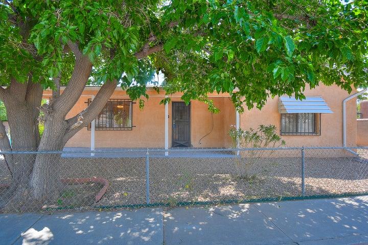 1710 Marble Avenue NW, Albuquerque, NM 87104