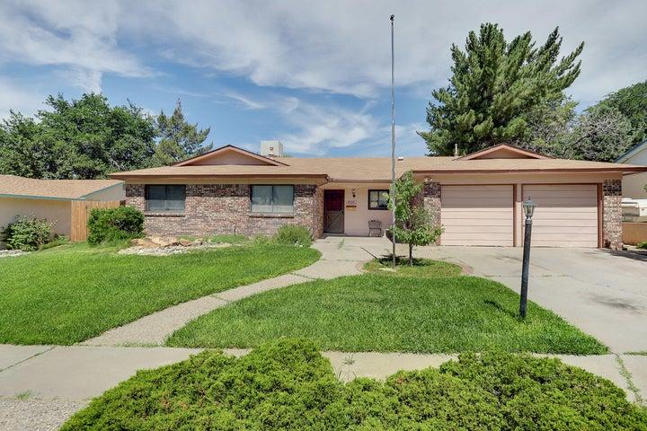 3305 Lucerne NE, Albuquerque, NM 87111