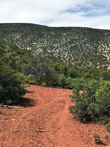 104 Diamond Tail Road, Placitas, NM 87043
