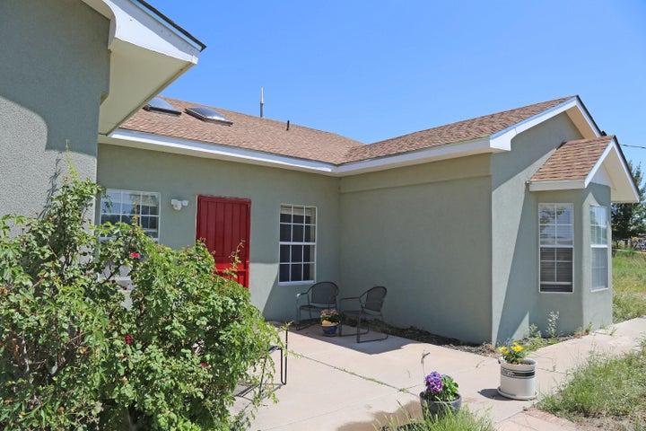 4308 Valley Gardens Drive SW, Albuquerque, NM 87105
