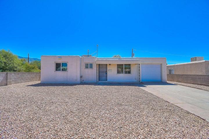 2428 Britt Street NE, Albuquerque, NM 87112