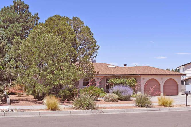 2525 Landman Drive NE, Albuquerque, NM 87112