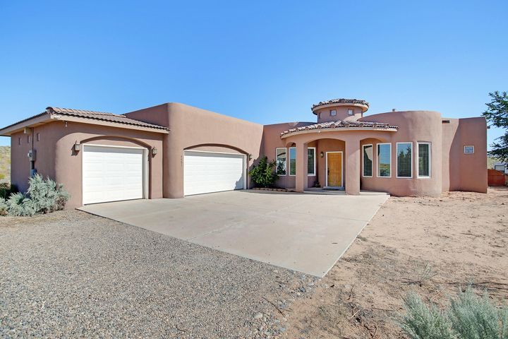 4451 Baranca Road NE, Rio Rancho, NM 87144