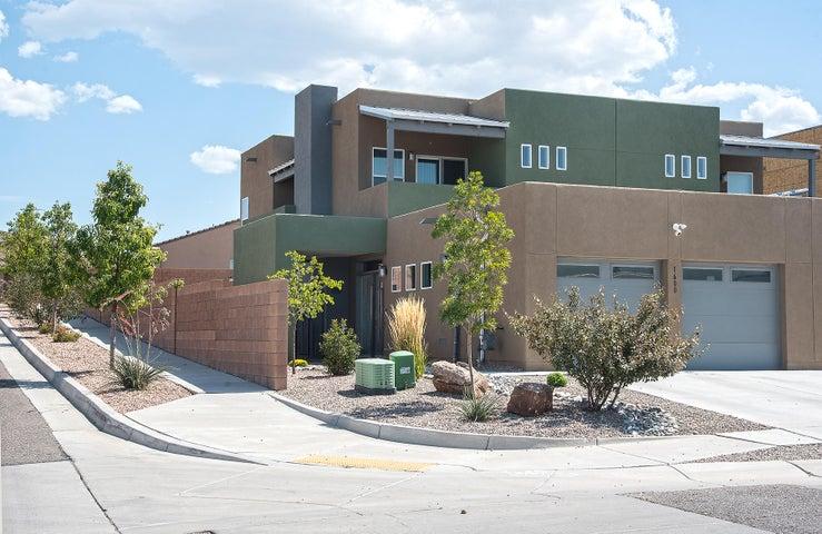 1600 Gulfstream Drive SE, Albuquerque, NM 87123