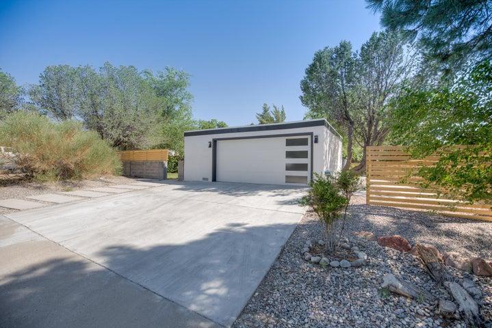 12200 Winona Court NE, Albuquerque, NM 87112