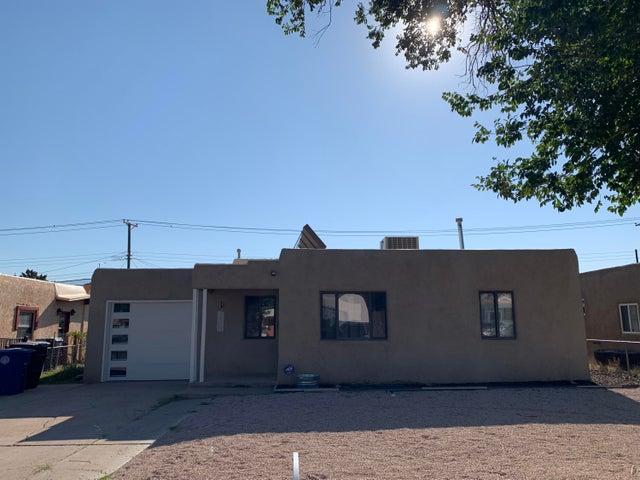 1208 Truman Street SE, Albuquerque, NM 87108